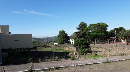 Excelente Terreno no Bairro Santa rita medindo 13 x 35 com área total de 455 m², plano pronto para construir.  Vale à pena conferir, para maiores informações entre em contato com um de nossos corretores pelos fones (54) 3055-2345 / (54) 99187-8998 ou (54) 99127-6127.