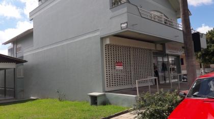 Excelente Sala no bairro  Botafogo, na avenida, com área  de 50 m². Para maiores informações, entre em contato com um de nossos corretores pelos fones (54) 3055-2345 - (54) 99187-8998 ou (54) 99127-6127.