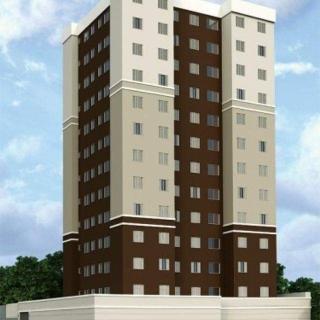 Apartamento com 43m2. 02 quartos, banheiro, sala, cozinha e área de serviço. 01 box de garagem.  Agendamento com antecedência.