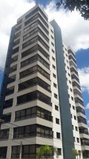 ZANETTI VENDE: APARTAMENTO NO HUMAITÁ  UM dormitório AMPLO, sala de estar e jantar com sacada FECHADA integrada, cozinha com CHURRASQUEIRA, área de serviço SEPARADA com SACADA ABERTA, banheiro social com ventilação NATURAL, UMA vaga de garagem COBERTA, DOIS elevadores, SALÃO DE FESTAS com TERRAÇO, SISTEMA DE MONITORAMENTO POR CÂMERAS, entre outros.  Para MAIS informações, entre em contato inbox, envie uma mensagem por WhatsApp ou ligue para 9 91361487.  CRECI 57539-F