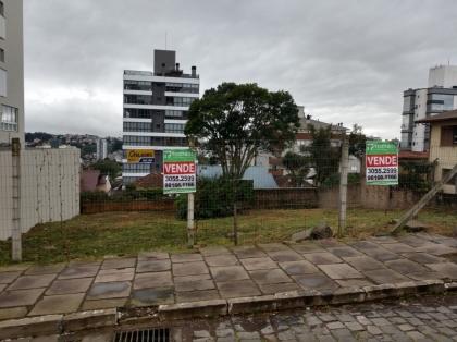 São dois terrenos com área total de 429m² Não serão vendidos separadamente