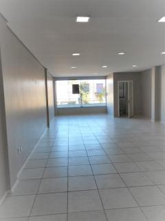 Tomasi imóveis aluga sala comercial na avenida Planalto.  Local bastante movimentado, de excelente localização e acesso. Agende sua visita.