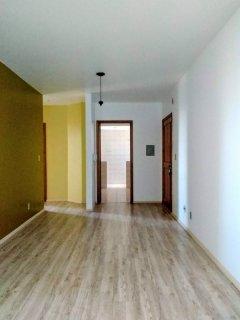Tomasi Imóveis vende lindo apartmento no Santa Rita.  O imóvel possui 2 dormitórios, sala,cozinha, área de serviço, banheiro e sacada.  Excelente localização, próximo a escolas e em local calmo e seguro.  Agende sua visita.