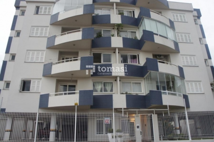 TOMASI Imóveis vende, excelente apartamento de 2 dormitórios sendo 1 suíte, com box de garagem no bairro Progresso. Semimobiliado.