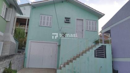 TOMASI IMOVEIS  Vende:  casa, semimobiliada, no bairro são roque