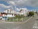 TOMASI Imóveis vende, excelente terreno medindo 416m² de área total no bairro Progresso.