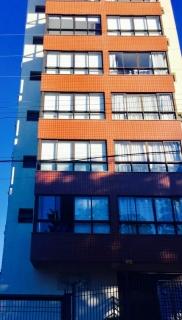 Apartamento com 2 dormitórios, cozinha/lavanderia, banho, estar/jantar, bem localizado. Financia, estudamos a sua proposta! Maiores informações pelo WhatsApp 99975-6814