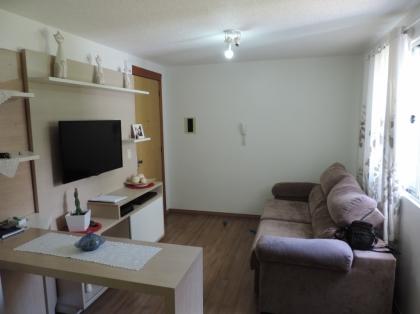 OPORTUNIDADE RESIDENCIAL BENTO GONÇALVES APARTAMENTO 02 DORMITÓRIOS;  Excelente localização; Posição solar leste; Espera para Ar Condicionado (Split); Piso cerâmico na área social; Piso laminado na área intima; 1 (um) box de garagem;  ÁREA TOTAL: 60,00 m² ÁREA PRIVATIVA: 45,00 m²  VALOR: R$ 150.000,00 Confira as fotos e agende uma visita no local. (54) 9-9126-6378