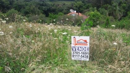 Excelente Terreno com 484,50 m² (17,00 x 28,50) de área superficial  em meio a belas Residencias... Estudamos sua proposta...Agende uma Visita...